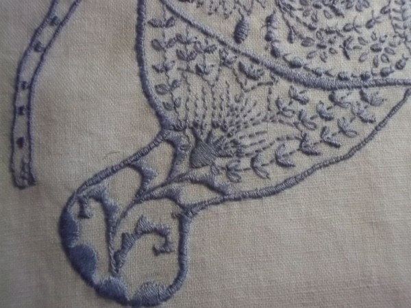 Embroidered elephant: detail