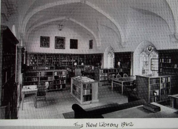 Balliol College Library: Photograph of 1962 refers fo the New Library; it is now known as the Reading Room