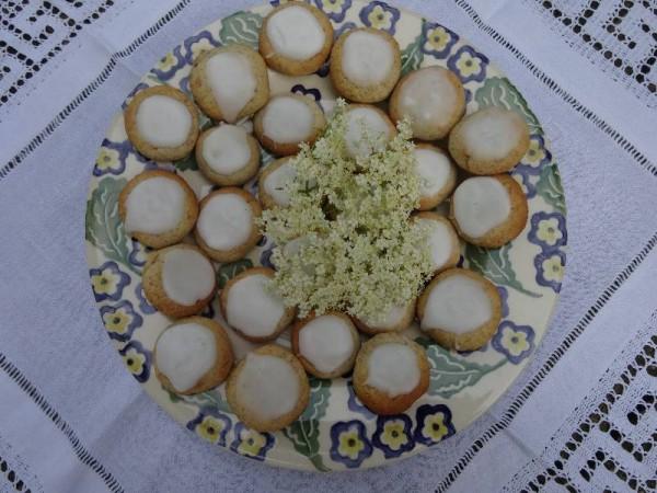 Elderflower and almond biscuits