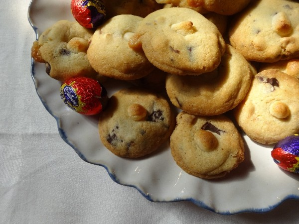 White and dark chocolate chip and marzipan biscuits