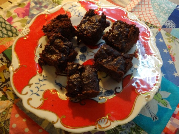 Aubergine and blueberry brownie