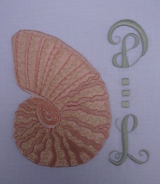 DL Monogram with shell