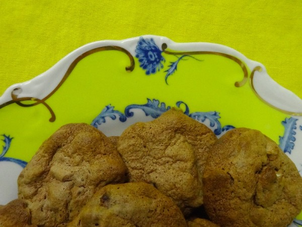 Beacon Hill cookies on an Anthropologie plate