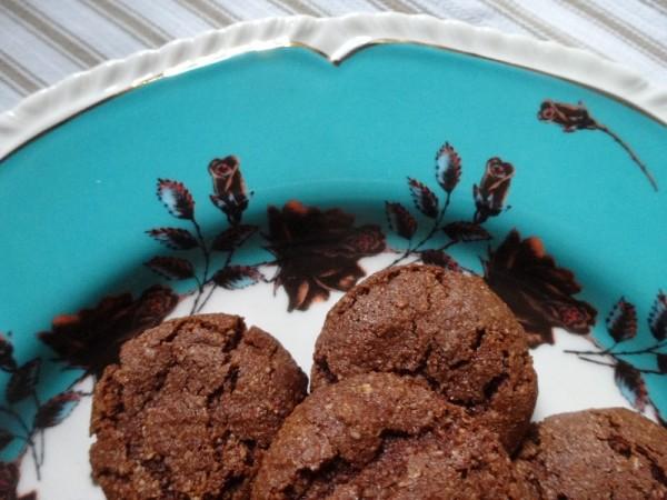 Chocolate Macaroons ((from Nigella Express)